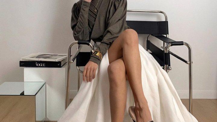 Xu hướng chân váy xẻ tà 2021 cực trendy cho nàng tự tin khoe dáng